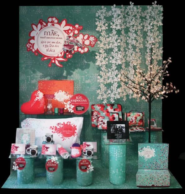 16 dicas para decorar vitrine de loja no Dia das M u00e3es # Decoração Dia Das Mães Em Loja