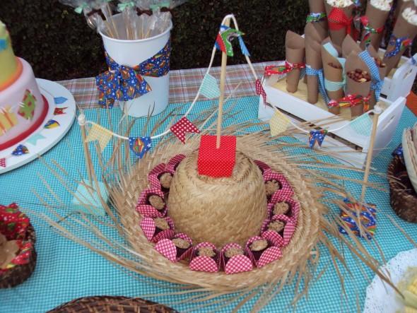 decoracao festa xadrez:Outros modelos de decoração da mesa para Festa Junina
