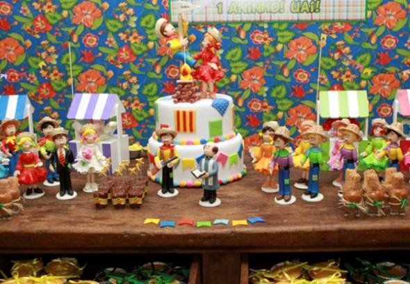 21 idéias de decoraç u00e3o de mesa para Festa Junina -> Decoração De Mesa De Festa Junina Infantil