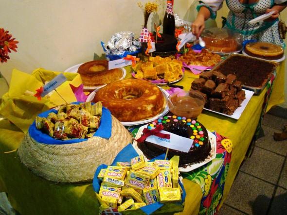 21 idéias de decoraç u00e3o de mesa para Festa Junina -> Decoração De Mesa Para Festa Junina Simples