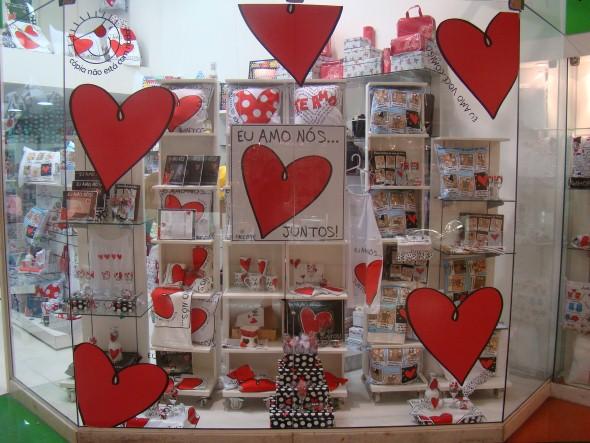 16 dicas de decoraç u00e3o vitrine de lojas para o Dia dos Namorados