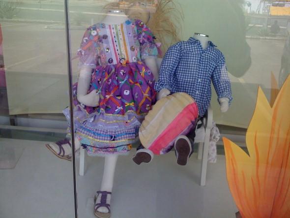 Decorar vitrine de lojas Festa Junina 015