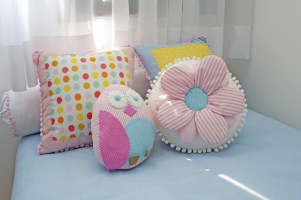 23 modelos de almofadas para decorar quarto de criança