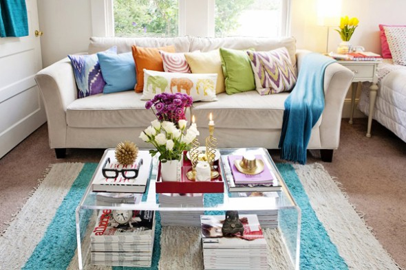 decoracao de sala pequena gastando pouco:Mix and Match Living Room