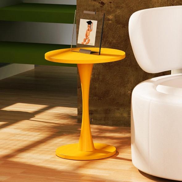 Usar mesas amarelas na decoração 012