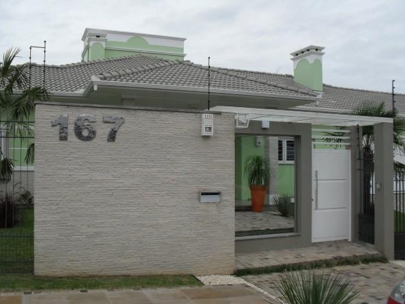 19 fachadas de casas simples e modernas for Ver frentes de casas