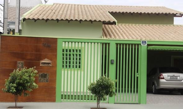 19 fachadas de casas simples e modernas for Modelos de casas minimalistas pequenas