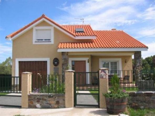 20 modelos de fachadas de casas decoradas com 5 dicas for Pintura de exteriores de casas pequenas