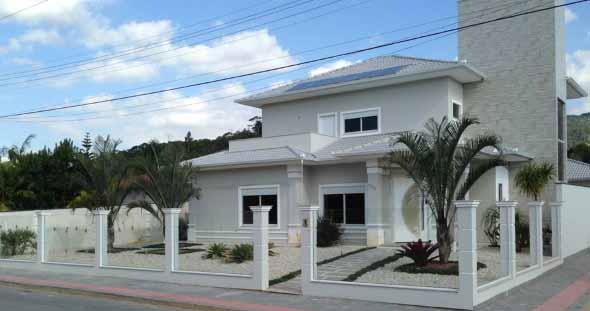 7 dicas para decorar a fachada de casa for Buscar casas modernas