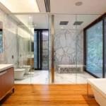 Piso-imita-madeira-no-banheiro-014