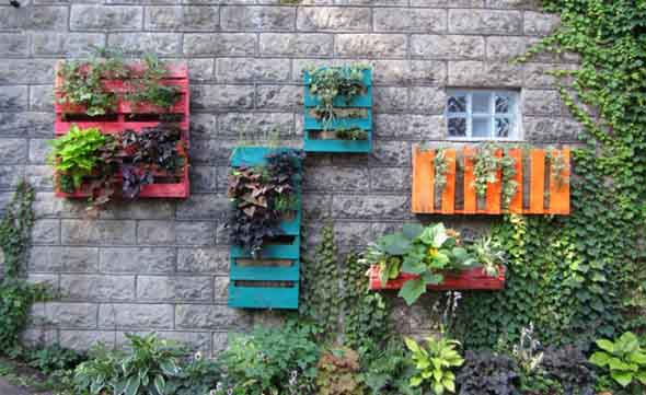 decoracao jardim paletes : decoracao jardim paletes:alguns modelos de decoração de jardim feita com o uso de paletes