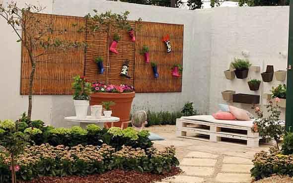 21 idéias de como usar paletes na decoraç u00e3o do jardim # Decoração Para Jardins Com Paletes