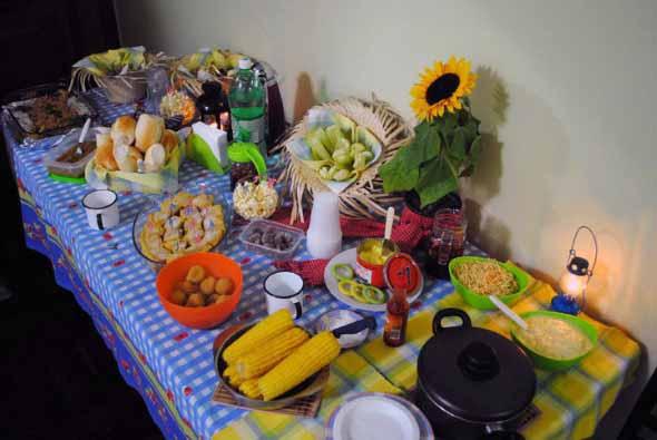 decoracao festa junina simples barata:Decora??o de festa infantil ...
