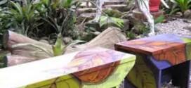 17 idéias de banquinhos para decorar o jardim