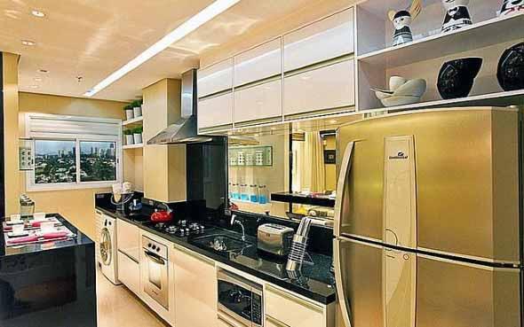 Área de serviço na cozinha 015