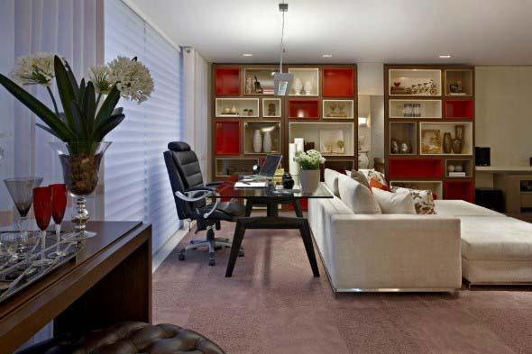 Montar escrit rio pessoal na sala de estar for Sala de estar pequena con escritorio