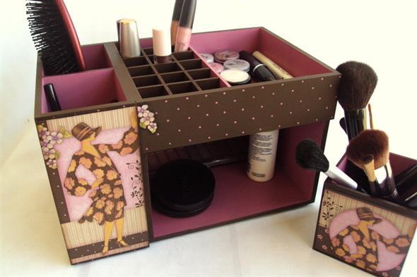 DIY – Organizador de maquiagens 004