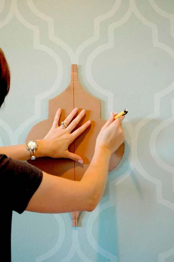 Como pintar as paredes com moldes 015