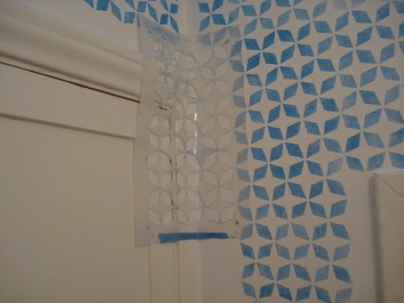 Como pintar com moldes decorativos diy como pintar as - Moldes para pintar paredes ...