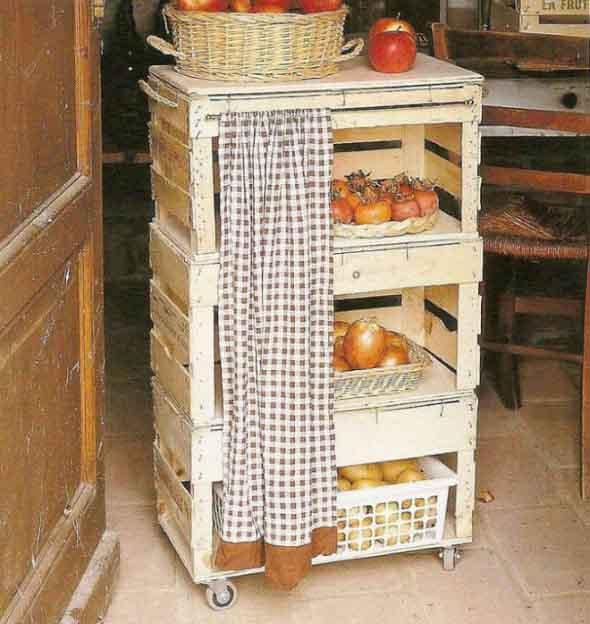 Caixotes de feira na cozinha 002