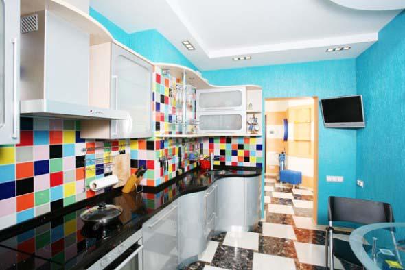 Colorido na decoração da cozinha 014