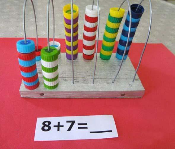 Brinquedos de material reciclado para o Dia das Crianças 018