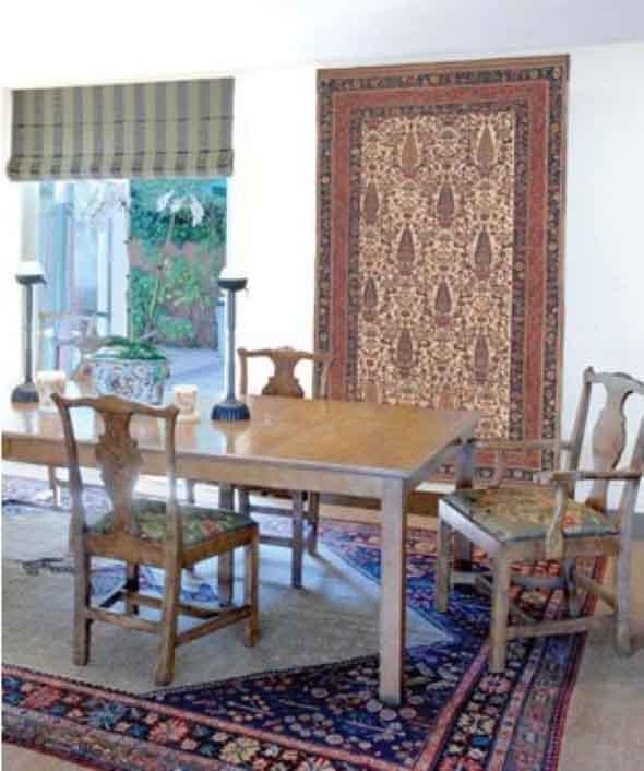 Como decorar a casa com tapetes nas paredes 002