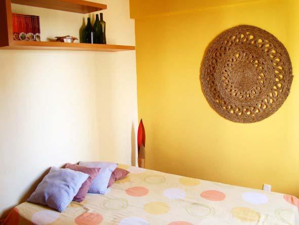 Como decorar a casa com tapetes nas paredes 009