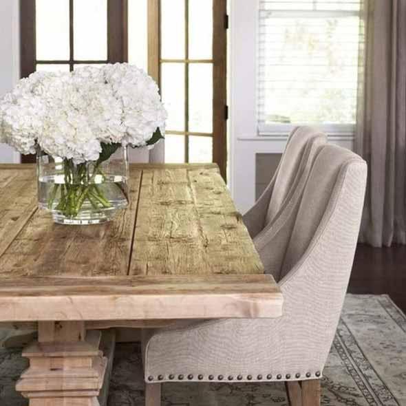 Mesa rústica na decoração da sala de jantar 007