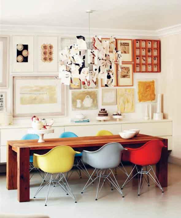 Cadeiras coloridas na decoração 011