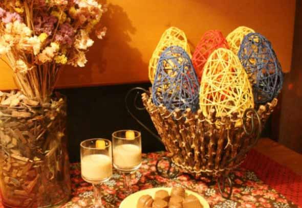 Ovos de páscoa na decoração 008