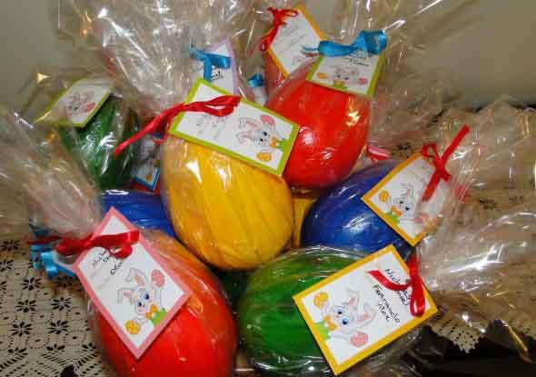 Ovos de páscoa na decoração 015