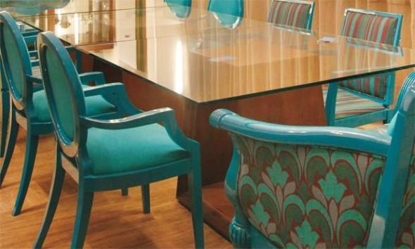 Cadeiras antigas na decoração 016