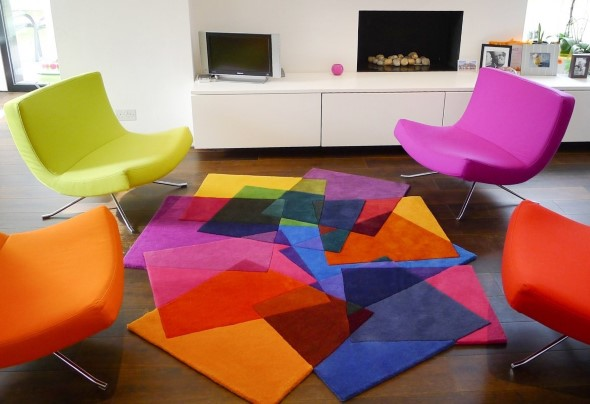 Tapetes coloridos na decoração 009