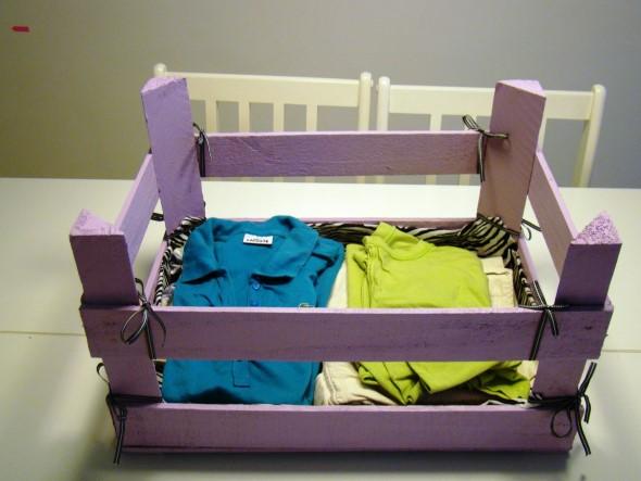 Caixotes de feira no quarto das crianças 008