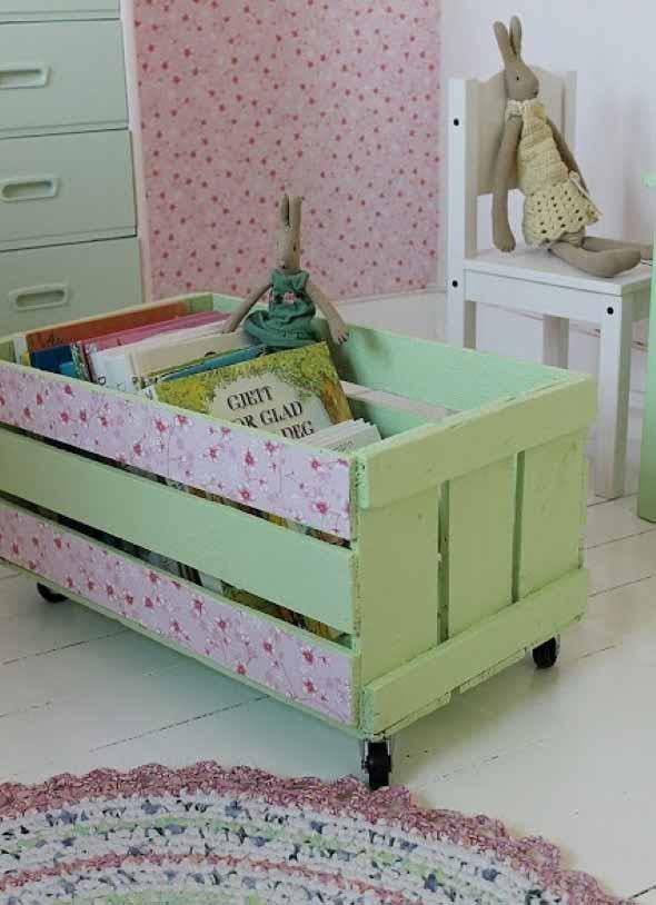 Caixotes de feira no quarto das crianças 009