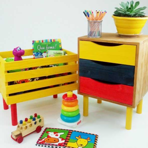 Caixotes de feira no quarto das crianças 012