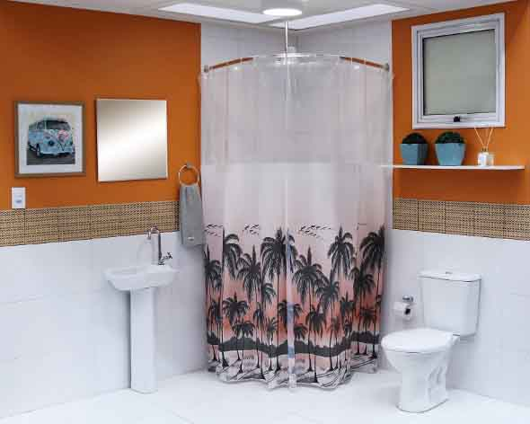 Cortina no banheiro 006