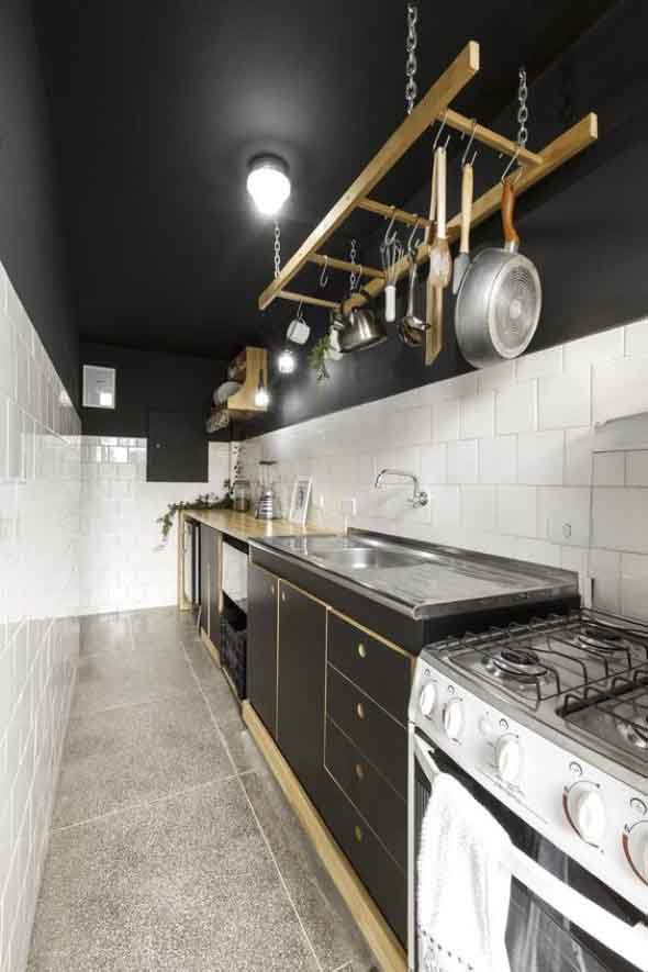 Economize espaço em casa pendurando objetos 001