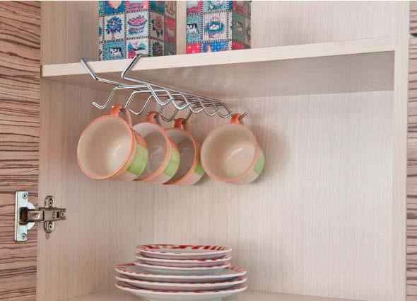 Economize espaço em casa pendurando objetos 003