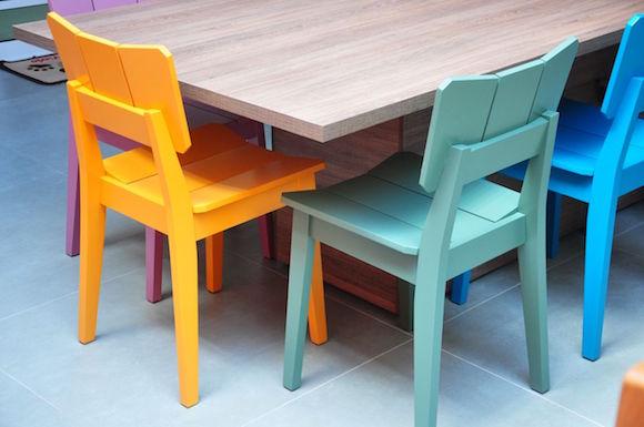 cadeira colorida 11
