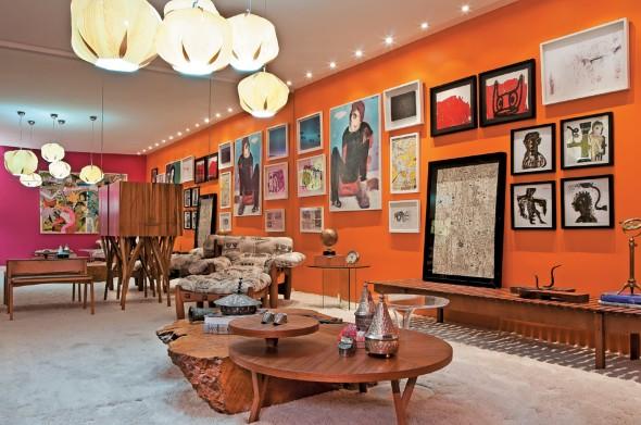 Decorar a sala com tons laranjas e vermelhos 006