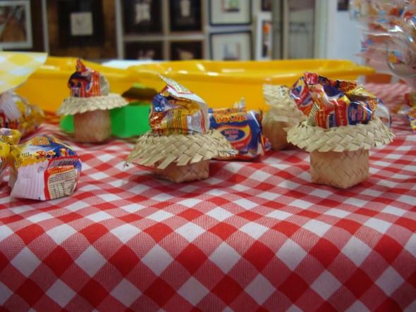 Decoração mesa Festa Junina 008