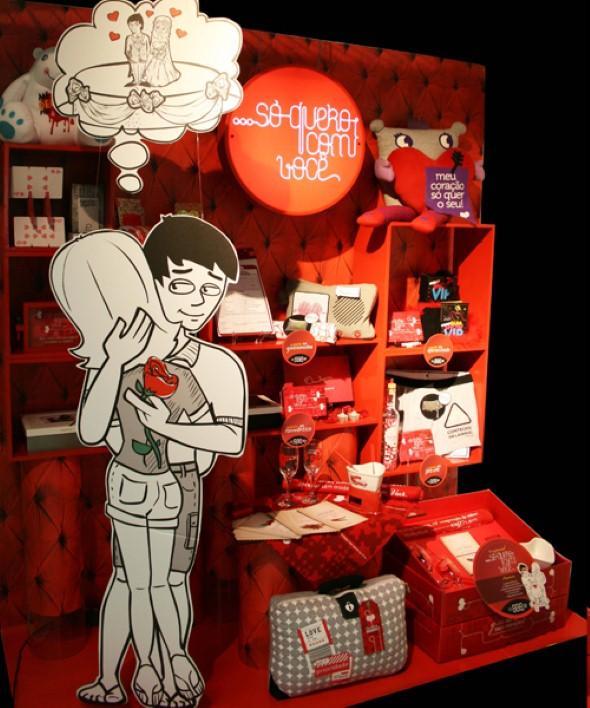 Decoração vitrine Dia dos Namorados 006