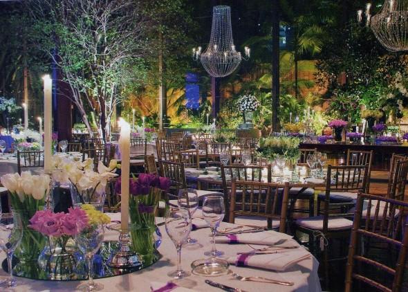 Decoração para festa de bodas de ouro 008