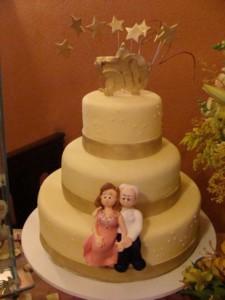 Decoração para festa de bodas de ouro 014