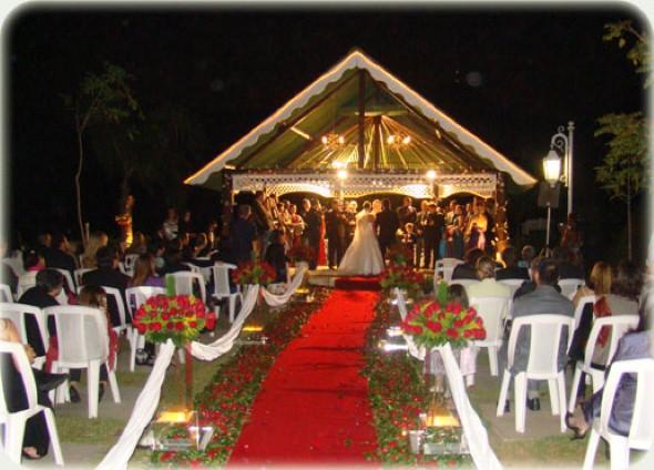 Decoração para festa de casamento de noite 014