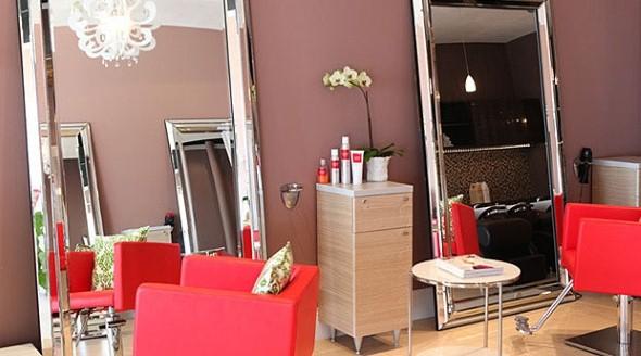 Decoração simples para salão de beleza 005