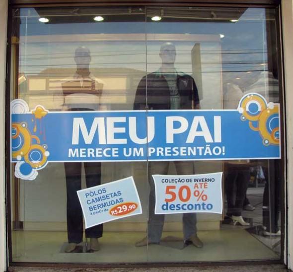 Decoração de vitrine para o Dia dos Pais 010