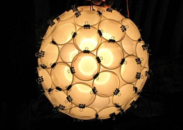 Luminária pendente de material reciclado 015
